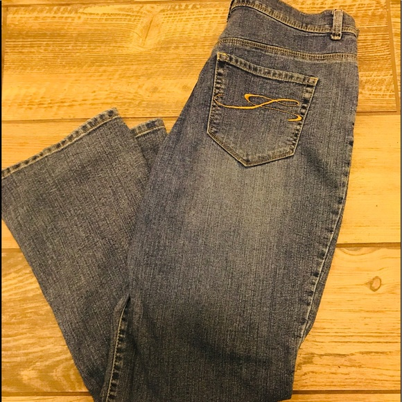 Style & Co Denim - 👖Style & Company Boot Cut Jeans Size 10 short.
